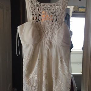 Romantic ivory laced top. Absolutely adorable.